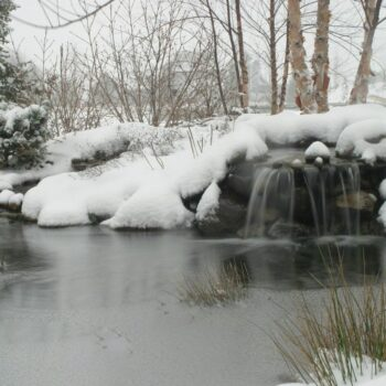 Pond winterizing waterfall